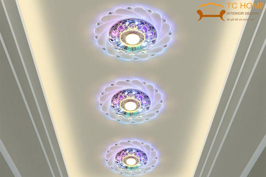 đèn ốp trần dùng trang trí phòng khách HCM