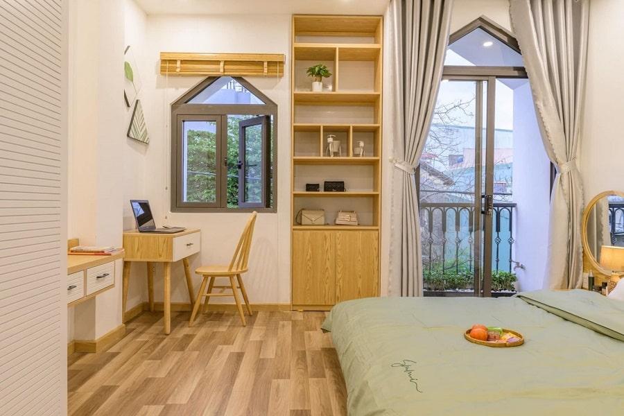 thiết-kế-nội-thất-nhà-phố-hiện-đại-ốp-gỗ